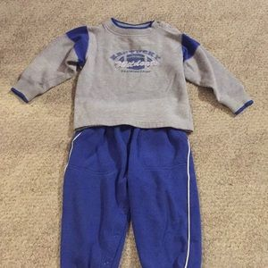 Kentucky Wildcats boys outfit size24 month.